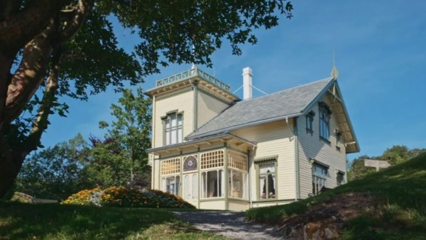 Tour Edvard Grieg's Bergen home with Christian Grøvlen