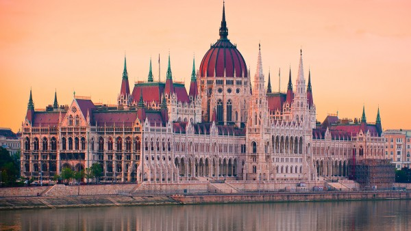 Learn about our Romantic Danube itinerary with Joost Ouendag