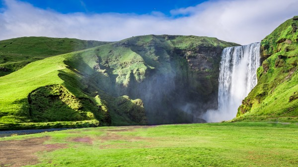 Discover our Iceland's Natural Beauty itinerary with Joost Ouendag